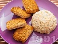 Рецепта Тартар от риба сьомга с каперси и майонеза (дип, пастет, разядка, предястие от сьомга)